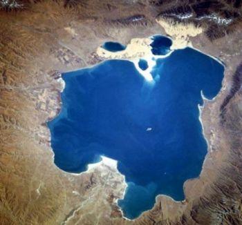 青海湖的神话故事